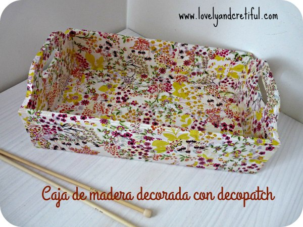 caja de madera decorada con papel decopatch decoupage