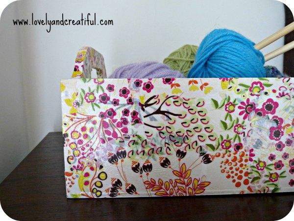 caja de madera decorada con papel decopatch decoupage